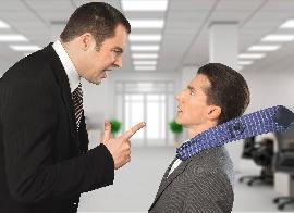 Azonnali hatállyal is elbocsájtható a modortalan munkavállaló